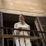 Boda Alicia y Ariel - Novia desde el balcón - Santiago Stankovic Fotógrafo
