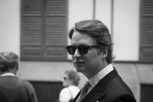 Boda Alicia y Ariel - Novio con gafas de sol - Santiago Stankovic Fotógrafo