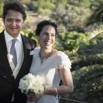 Boda Alicia y Ariel - Novios ante palmera - Santiago Stankovic Fotógrafo