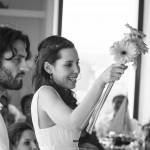 Boda Marina y Jaime - Novios con el ramo - Santiago Stankovic Fotógrafo