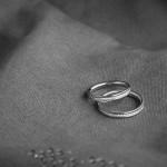 Boda de Sara & Victoria - Detalle anillos - Santiago Stankovic Fotógrafo