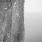 Boda de Sara &; Victoria - Detalle del vestido ante el mar - Santiago Stankovic Fotógrafo
