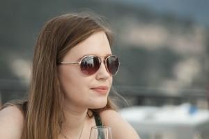 Boda de Sara & Victoria - Primer plano de invitada - Santiago Stankovic Fotógrafo