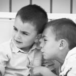 Boda Marina y Jaime - Niños susurrando - Santiago Stankovic Fotógrafo