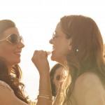 Boda de Sara & Victoria - Novia pintando labios - Santiago Stankovic Fotógrafo
